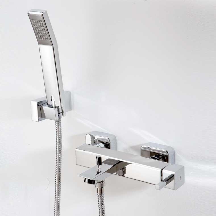 Grifo de ba o monomando con accesorios de ducha catral mr for Grifo monomando