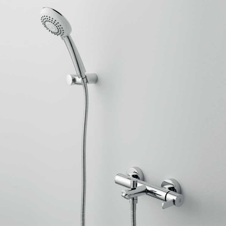 Grifo de ba o monomando con accesorios ducha delta 14 for Accesorios de ducha